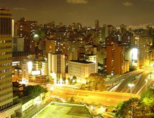 Für eine Welt ohne Reizüberflutung! São Paulo nackt.