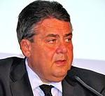 """Minister aus Goslar ist verantwortlich """"Sigmar Gabriel 2014"""" von Michael Thaidigsmann - Eigenes Werk. Lizenziert unter CC-BY-SA 4.0 über Wikimedia Commons."""