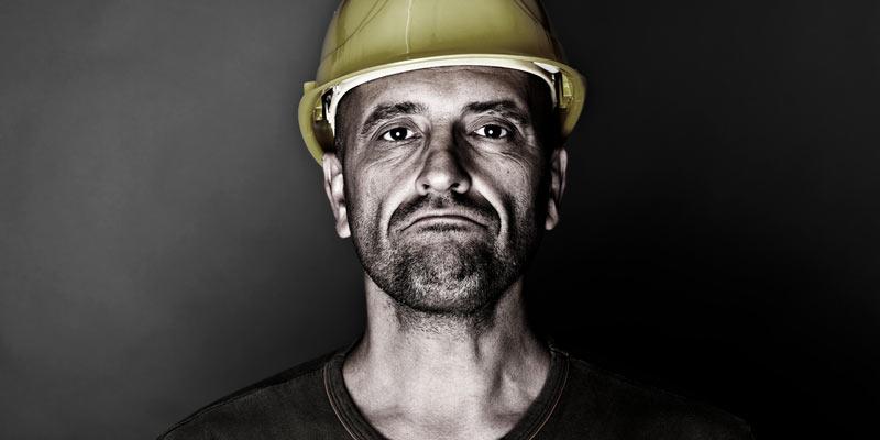 Arbeiter Braunkohle mit Helm