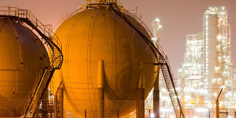 Kesselanlagen und Raffinerie